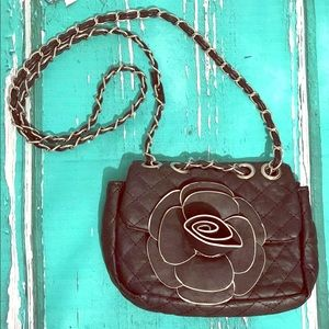🌺 NINE WEST Black Chain Crossbody Handbag Purse